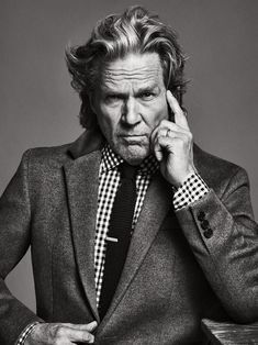 Jeff Bridges- How to take your coat game to the top