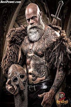 Beard j beard and son Bart Tattoo, Viking Warrior Tattoos, Herren Hand Tattoos, Tattoo Schwarz, Viking Beard, Viking Culture, Real Monsters, Norse Mythology, Dark Ages