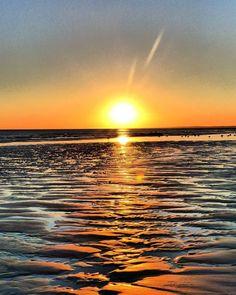 #sunrise #fansdebretagne #jaimelabretagne #breizh #breizhmabro #finistere #plage…