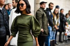 Love that dress..Streetstyle at Milan Fashion Week Autumn 2017 (Source: Hugo Lee)