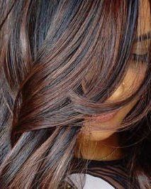 11 Fall Hair Color Trends That Are Going to Be Huge This Year - See the best fall hair colors and trends like cold brew hair, flannel hair, Blonde with red underto - Fall Hair Color For Brunettes, Fall Hair Colors, Hair Color Highlights, Hair Color Dark, Caramel Highlights, Brown Highlights, Dark Fall Hair, Dark Hair, Brunette Color