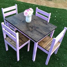Kids farmhouse table #twinspiringwoodworks http://www.ana-white.com/2010/11/clara-table