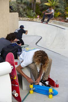 Greyson Fletcher always has the best Frontside Ollies. Curren Caples switches wheels on the Banana Boards. Banana Board cruiser plastic skateboard.