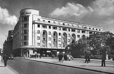 1939 photo of the Athenee Palace Hilton hotel, Bucharest, Romania. Bucharest Romania, Queen Mary, Modernism, Time Travel, Palace, Modern Art, Past, Traveling, Art Deco