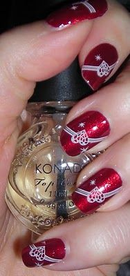 Konad special nail polish in white and image plate m61.
