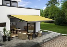 MARKILUX 970 - Awnings from markilux #architonic #nowonarchitonic #interior #design #furniture #outdoor #shadow #shade #sun #awning #garden #roof #textile