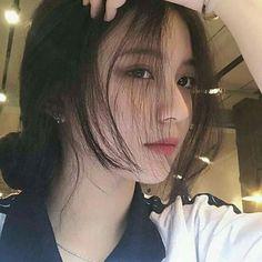 Korean Girl Photo, Cute Korean Girl, Asian Girl, Girl Photo Poses, Girl Photos, Fanfic Exo, Cartoon Girl Images, Girl Korea, Ulzzang Korean Girl