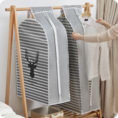 Cheap Storage, Bag Storage, Organizar Closet, Garment Bags, Clothing Storage, Bag Patterns To Sew, Diy Arts And Crafts, Diy Bedroom Decor, Dust Bag