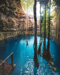 Cave Diving in Yucatan, Mexico. 😍🇲🇽 Tag someone you'd do this with! Vacation Places, Vacation Trips, Dream Vacations, Vacation Spots, Vacation Cuba, Vacation Travel, Hawaii Travel, Beautiful Places To Travel, Cool Places To Visit