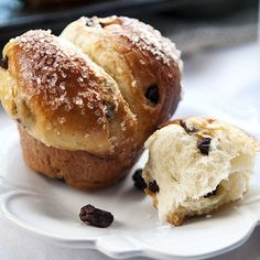 Sugar crusted raisin brioche