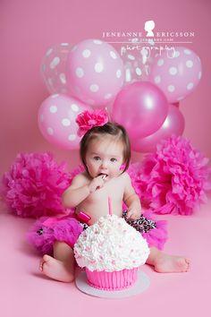 hot pink lovely 1st birthday photo