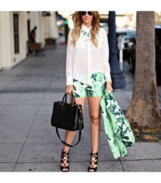 Dashofdarling is wearing: Blaque Label shirt, Juicy Couture shorts, Juicy Couture blazer, Stella Dot necklace, Zara heels.
