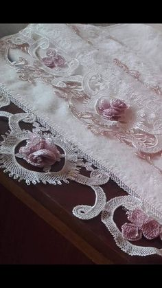This Pin was discovered by gul Needle Lace, Abaya Fashion, Muslim Women, Wedding Wishes, Diy And Crafts, Decorative Boxes, Weaving, Embroidery, Knitting