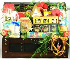 The Premium Florida Gift Basket! - This stunning, handcrafted trunk arrives filled with a massive array of Florida's finest gourmet and specialty foods. It's a treasure-trove of tantalizing gourmet goodies! Summer Gift Baskets, Gourmet Gift Baskets, Gourmet Gifts, Food Gifts, Basket Gift, Chocolate Drizzled Popcorn, Assorted Nuts, Florida Food, Florida Keys