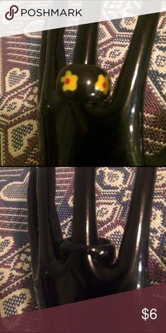 Woman's fashion ring Yellow flowers, black liquid inside Jewelry Rings