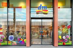 dm-Drogeriemarkt - Branche: Gesundheit, Kosmetik & Beauty