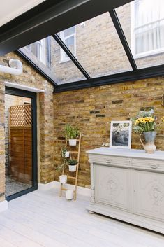 Kitchen Design Ideas and Layout – Home Decor Do It Yourself House Extension Design, Extension Designs, House Design, Extension Ideas, Side Extension, Glass Extension, Victorian Kitchen, Victorian Homes, Victorian Terrace Interior