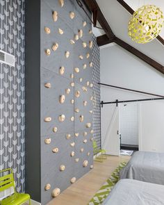 Wow!! That's some rock climbing wall! Credit to Linc Thelen Design