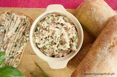 Pasta z wędzonej makreli   Tysia Gotuje blog kulinarny Ciabatta, Hummus, Grains, Fish, Ethnic Recipes, Blog, Homemade Hummus, Blogging, Ichthys