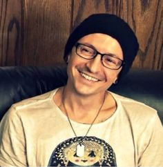 His smile is just perfect -Chester Bennington