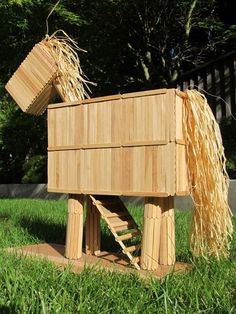 Trojan Horse made of popsicle sticks Craft Projects For Kids, Fun Activities For Kids, School Projects, Diy For Kids, Home Learning, Always Learning, Ancient Greece Crafts, Greek Crafts, Social Studies Lesson Plans