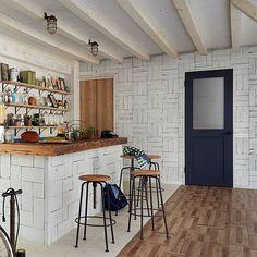 RoomClipユーザーさんの家の写真でカタログを作るなど、RoomClipと関係の深い住宅設備メーカーのLIXILさんが、インテリア好きにぴったりのドアのブランドを新しく作りました!