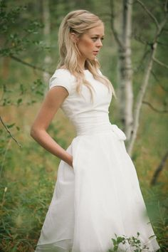 wedding dress with pocket and cap sleeve