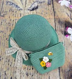 Crochet Summer Hats, Crochet Baby Hats, Cute Crochet, Knitted Hats, Crochet Wallet, Crochet Tote, Crochet Beanie Pattern, Crochet Patterns, Crochet Poncho With Sleeves