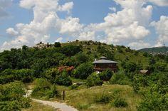 Sas-hegy – Menedék a betonrengetegben Sas, Hungary, Mountains, Amazing, Nature, Travel, Bahia, Naturaleza, Viajes