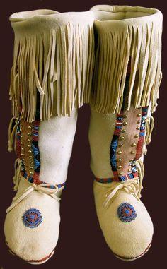 Southern Cheyenne Moccasin