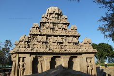 #Mahabalipuram, also known as #Mamallapuram is a town in #Kancheepuram district in the #Indian state of #Tamil Nadu. It is around 60 km south from the city of #Chennai. It is an ancient historic town and was a bustling seaport during the time of Periplus.