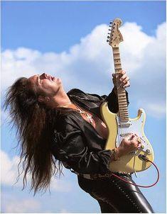 """CLASES DE GUITARRA: """"Yngwie Malmsteen"""" (Video tributo a Leo Fender)"""
