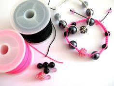Exprimez votre personnalité en fabriquant l'accessoire incontournable du moment: Les Bracelets Shamballa    Les Fournitures qu'il vous faut ...