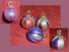 Two diy miniature Christmas ornaments - one used embroidery thread wound around ball, the other using glued pieces of shiny paper | Source: Miniatur Site