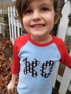 Items similar to Valentine's Day XO Kiss Hug T Shirt Applique- Kids, Boys, Girls Valentines on Etsy Valentines Outfits, Valentines Day, Diy Shirt, Boy Outfits, Baby Kids, Sewing Projects, Embroidery Ideas, Trending Outfits, Clothing Ideas