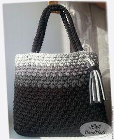 3336b2d83904 Купить или заказать Вязаная крючком сумка Алифтина из трикотажной пряжи в  интернет-магазине на Ярмарке