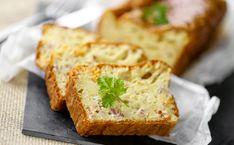 [Recette conviviale👨👩👧👦] Cake aux lardons sans oeufs  #recettefacile #cake #cakeauxlardons #recettecakes Cake Sans Oeuf, Banana Bread, Vegan, Desserts, Food, Minis, Bacon, Onions, Eating Well
