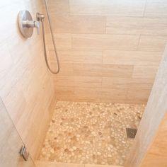 Creamy Tile Pebble Floor