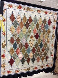 For Morris fabrics, lovely border Big Block Quilts, Lap Quilts, Panel Quilts, Scrappy Quilts, Small Quilts, Quilt Blocks, Colchas Quilt, Farm Quilt, Quilt Border