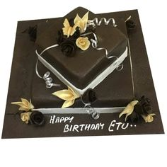 A pretty Butterfly Dreams Chocolate Cake for your love :) #Yummycake #ChocolateCake #Butterflycake
