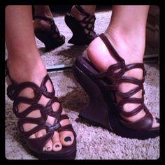 Heel less (yes NO heels) purple heels NO heels kris-cross design open toed dark purple heels lots of fun to wear & real light & real comfortable Shoes Heels