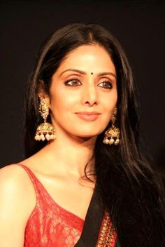 Sridevi wearing gorgeous Jhumkas