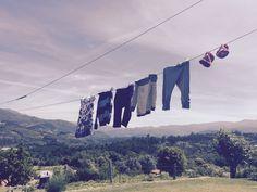 Le Nival : la plus petite machine à laver de voyage au monde! Parents, Gadgets, Outdoor Decor, Small Washing Machine, Tips And Tricks, Appliances, Fathers, Raising Kids, Gadget