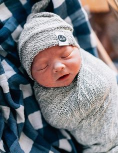 Trendy baby boy welcome families So Cute Baby, Cute Babies, Boy Babies, Little Babies, The Babys, Baby Pictures, Baby Photos, Organic Baby Clothes, Everything Baby