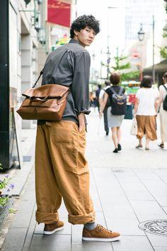 Pin on ポーズ Pin on ポーズ Tennis Fashion, Dope Fashion, Japan Fashion, Minimal Fashion, Korean Fashion, India Fashion, Street Fashion, Fashion Poses, Fashion Outfits