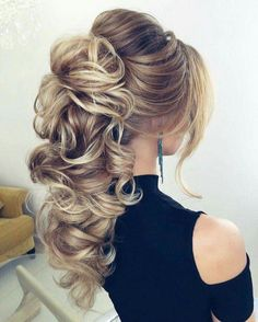 I would love to fix my hair like this one day