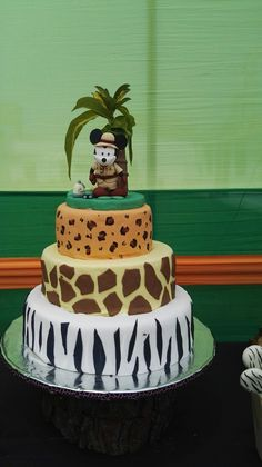 Cake Mickey mouse Safari