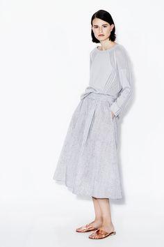 TSE Spring 2016 Ready-to-Wear Fashion Show - Bara Holotova