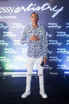 Premium Luxury Cognac brand, Hennessy Nigeria gave Lagos the most unforgettable music event at the Hennessy Artistry 2017 concert this December. Tush Magazine, See Images, White Jeans, Fashion, Moda, Fashion Styles, Fashion Illustrations
