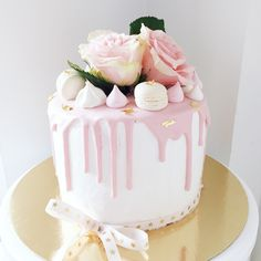 laktoositon voikreemi – JEN & NELLYS Wedding Cakes, Birthday Cake, Baking, Desserts, Food, Wedding Gown Cakes, Tailgate Desserts, Deserts, Birthday Cakes